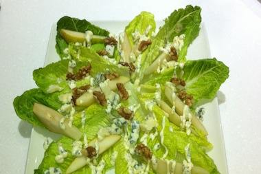 pear and roquefort salad 380x253px
